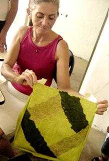 Artesanato com fibra de abacaxi