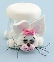 Potinho com coelho de biscuit