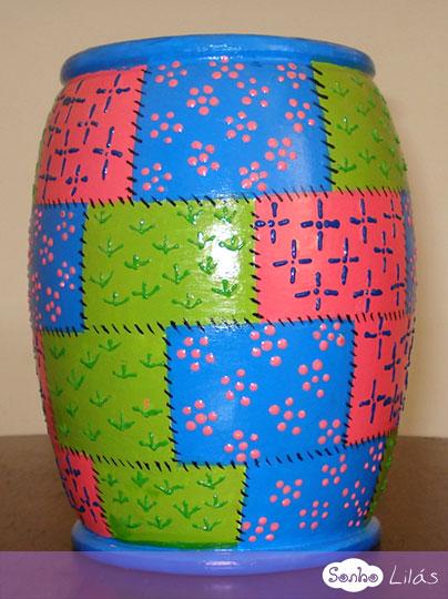Vaso com pintura patchwork